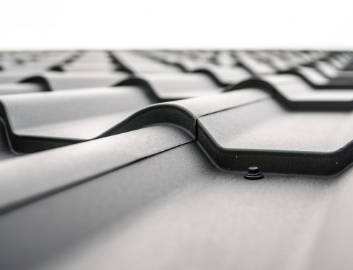 Metal Roof Repair in London ON: Should You DIY or Call A Professional?
